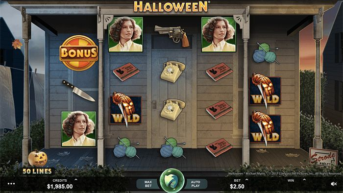 Halloween online slot machine by Microgaming